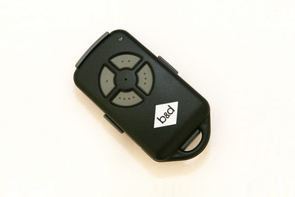 B&D PTX-4 (433 MHz) – Black Keyring Type Remote with 4 Grey Buttons